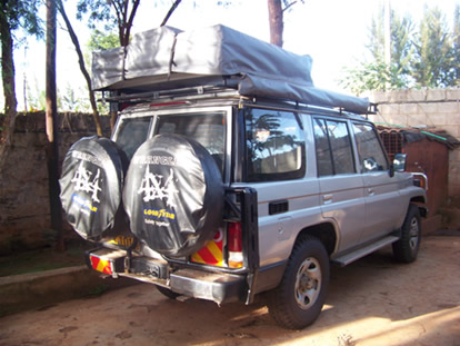 LANDCRUISER-4SEATER-with rooftop tentkenya carhire landcruiser 4 seater with rooftop tent & Toyota landcruiser seven seater rooftop tent